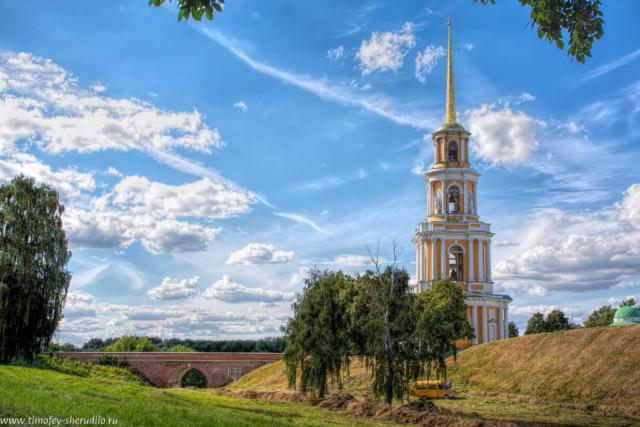 Вход в рязанский кремль