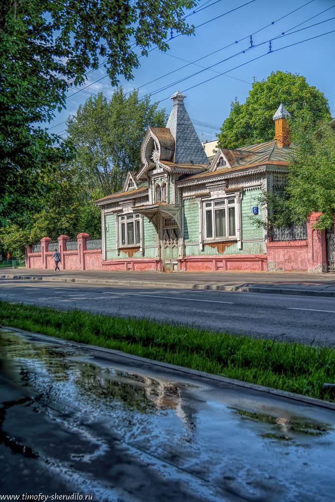 Деревянный дом на 3-й Сокольнической («Гастелло»)