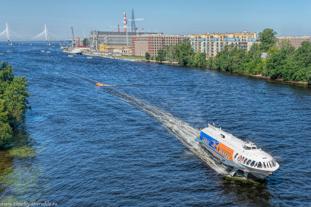 Петербург. Вид с Бетанкуровского моста
